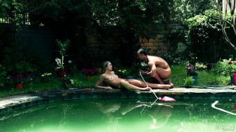 Jessie Andrews in 'Gardener'